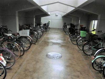 【現地写真】 駐輪場スペースです♪