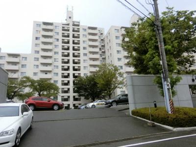 【現地写真】 総戸数166戸のマンションです♪