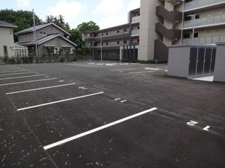 【駐車場】ROYAL西山