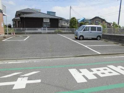 【駐車場】ヒルズイイジマ