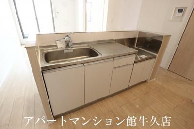 【キッチン】ヴィラ・エレガント