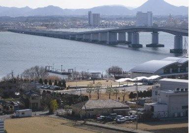 物件からの眺望、琵琶湖や琵琶湖大橋が眼下に拡がります