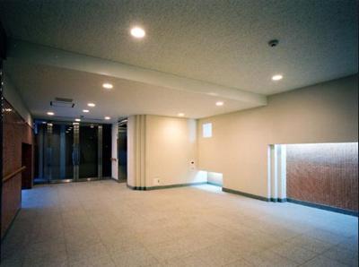 目黒諏訪山パークハウスのエントランス