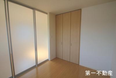 【寝室】シャーメゾン高田井B
