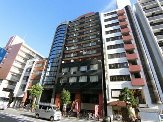 堺筋本町駅徒歩4分の便利な好立地に建つマンション♪