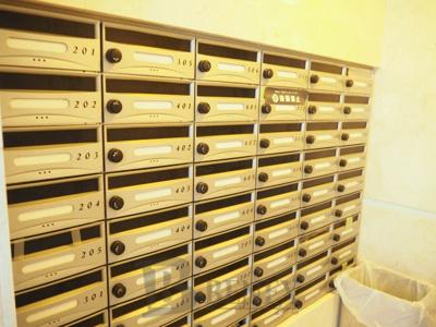 HF早稲田レジデンスⅡのメールボックス