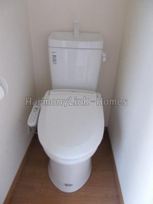 フェリスオーブのコンパクトで使いやすいトイレです☆