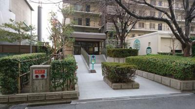 【エントランス】ネオコーポ大阪城公園 3号館