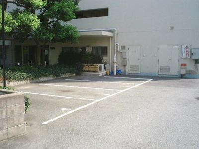 【駐車場】アイビーハイツ甲子園