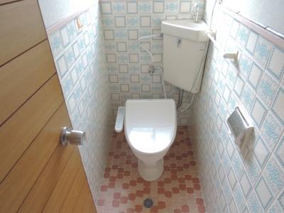 【トイレ】南平台1丁目戸建
