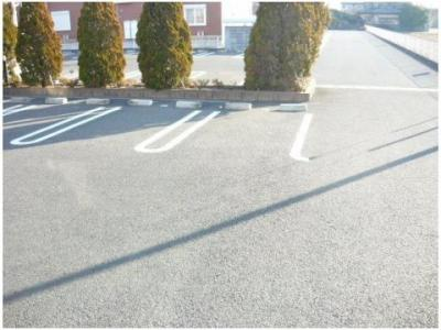 【駐車場】ブルーローズB