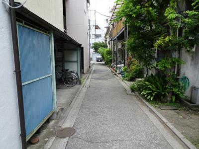 第2さかえ荘 物件前 閑静な住宅街で静かな環境です!