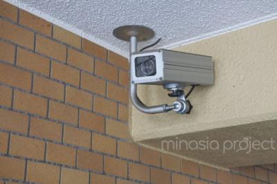 エントランス防犯カメラ