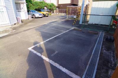 【駐車場】飯島ハイツ