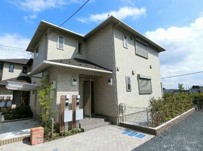 小田急多摩線「栗平」駅より徒歩9分!ペットOK♪築浅の2階建てアパートです☆通勤通学はもちろん、お買い物やお出かけにもGood☆