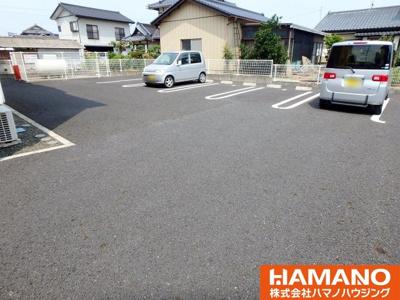 【駐車場】シャン・ド・フルール Ⅲ