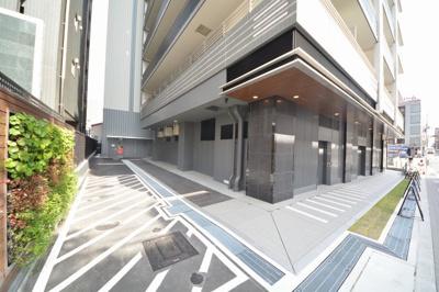 プラウドタワー安堂寺 駐車場ございます