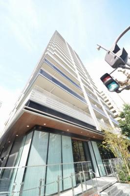プラウドタワー安堂寺 地上21階建てのタワーマンション