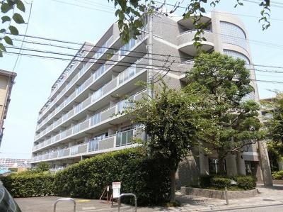 【現地写真】 総戸数71戸のマンションです♪