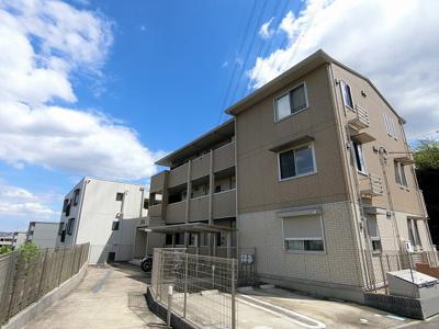 小田急多摩線「五月台」駅より徒歩6分!ワンちゃんと一緒に暮らせるお部屋をお探しの方にオススメのアパートです♪