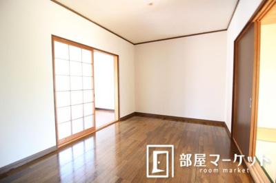 【居間・リビング】杉浦荘