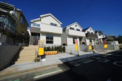 【外観】保土ヶ谷区新桜ヶ丘2丁目 全3棟新築戸建て