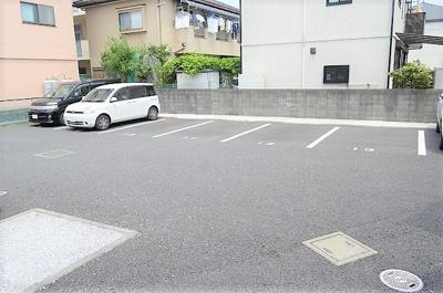 【駐車場】フォンターナロッソ