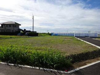 袖ケ浦市坂戸市場 新築一戸建て 袖ヶ浦駅 お庭もあり、趣味のガーデニングやペットの遊ぶスペースにピッタリです♪