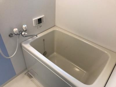 【浴室】久宝寺1丁目貸家