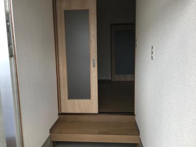 【玄関】久宝寺1丁目貸家