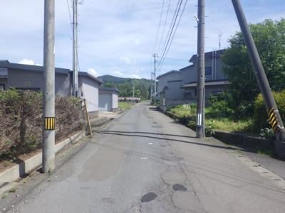 【周辺】大館市柄沢字狐台7-30・売地