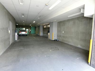 【駐車場】海運ビル 1棟貸