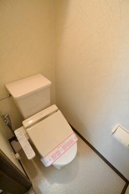 温水洗浄暖房機能便座・収納棚有り