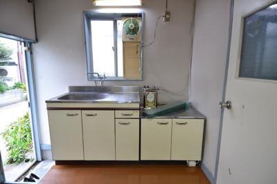 【キッチン】事務所