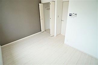【洋室】プチ・モンターニュ