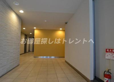 【ロビー】ラクラス新中野