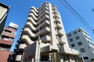人気の福島エリア海老江駅徒歩6分の好立地に建つマンションです♪