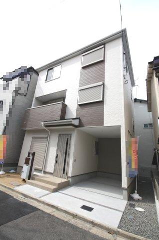 3階建て 新築戸建 鳳南町です 間取りは大きめの新築です