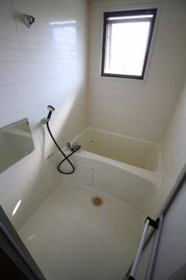 【浴室】タンシンビル