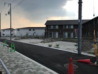 【前面道路含む現地写真】岸和田3丁目1号棟