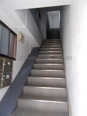 英和ビル鷺宮の階段☆
