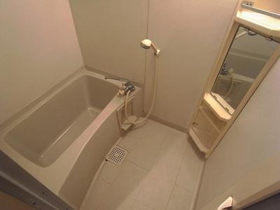 【浴室】深澤ビルモンベルトアロード