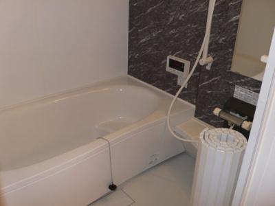 【浴室】ヴィラ ソレイユ