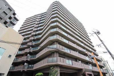 【現地写真】 鉄骨鉄筋コンクリート造14階建て♪ 総戸数80戸♪