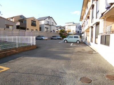 【駐車場】セラーフヒル