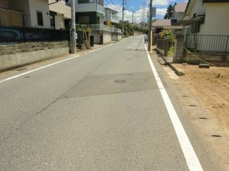 グランファミーロ誉田 土地 誉田駅 周辺は一戸建てが建ち並ぶ落ち着いた住宅街です。