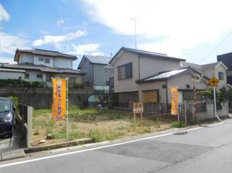 グランファミーロ誉田 土地 誉田駅 隣接の土地も広く、開放感がある土地です。