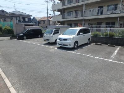 【駐車場】リーヴァ東花園