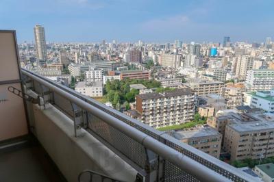 河田町ガーデンの眺望です