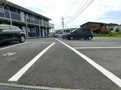 【駐車場】吉井ハイツ C棟